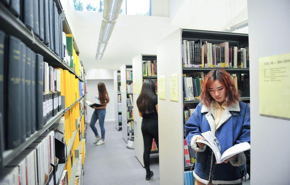 Student in UCA Epsom library