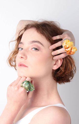 Nia Davies, BA (Hons) Jewellery & Silversmithing