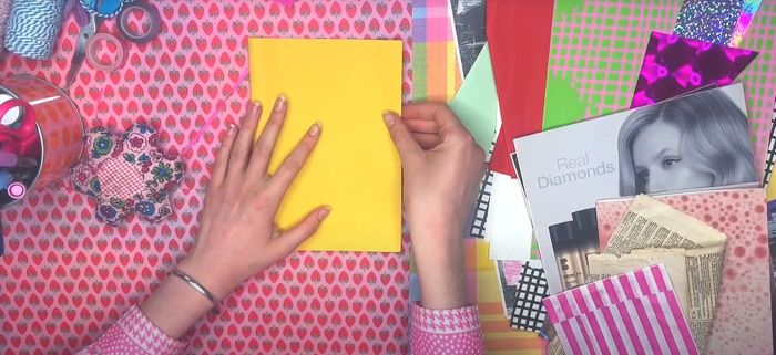 Anh image showing a gratitude journal being created.